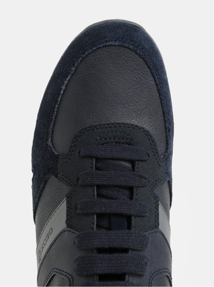 Tmavě modré pánské tenisky se semišovými detaily Geox