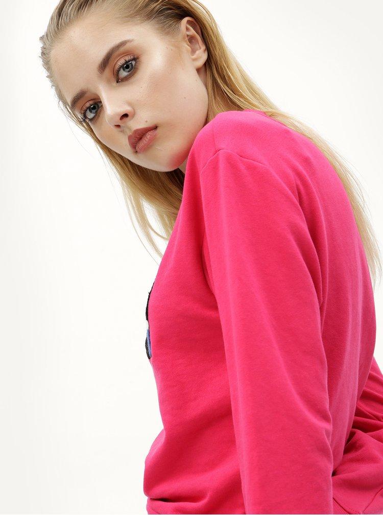 Tmavě růžová mikina s barevnou nášivkou Jacqueline de Yong Class
