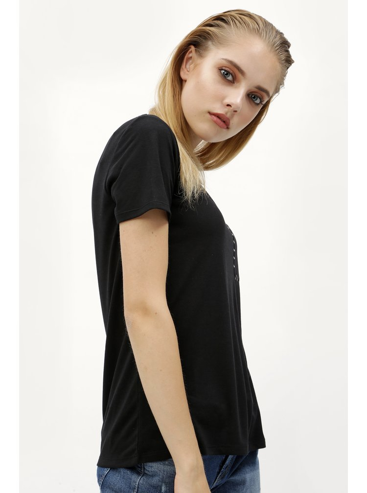 Černé tričko s náprsní kapsou Jacqueline de Yong Goa