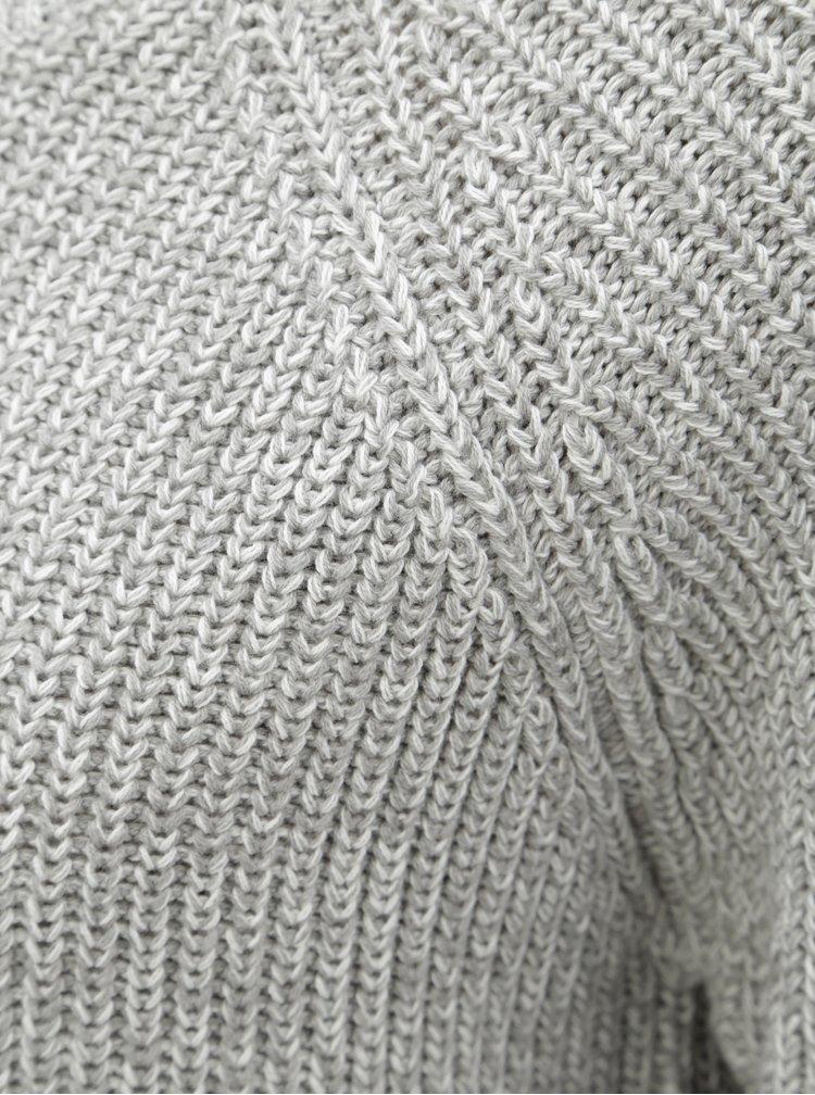 Světle šedý žíhaný svetr Noisy May