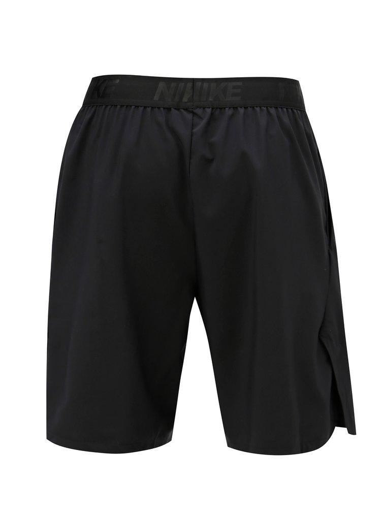 Černé pánské sportovní kraťasy s kapsami Nike
