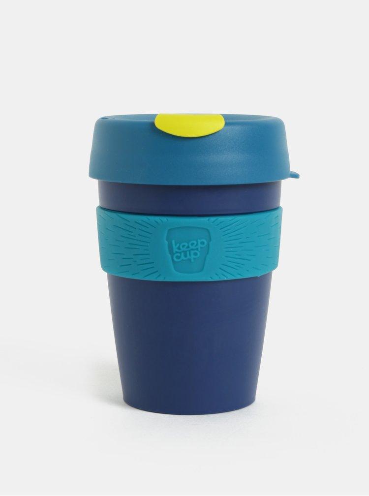 Tmavě modrý cestovní hrnek KeepCup Original Medium