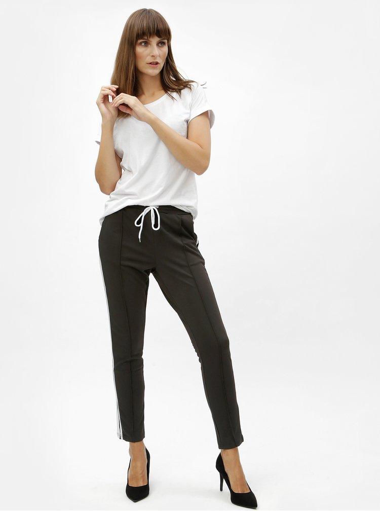Černé kalhoty s vysokým pasen a pruhy MISSGUIDED