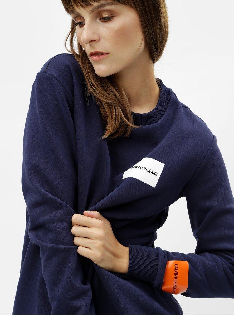 Tmavomodrá dámska mikina s potlačou Calvin Klein Jeans