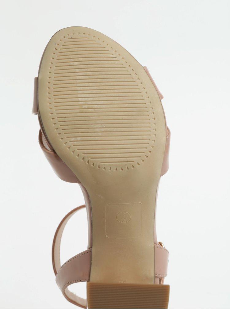Světle růžové sandálky na vysokém podpatku Dorothy Perkins