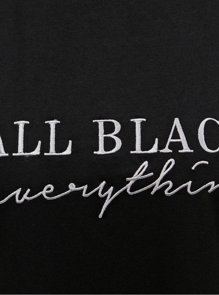Černé tričko s výšivkou MISSGUIDED