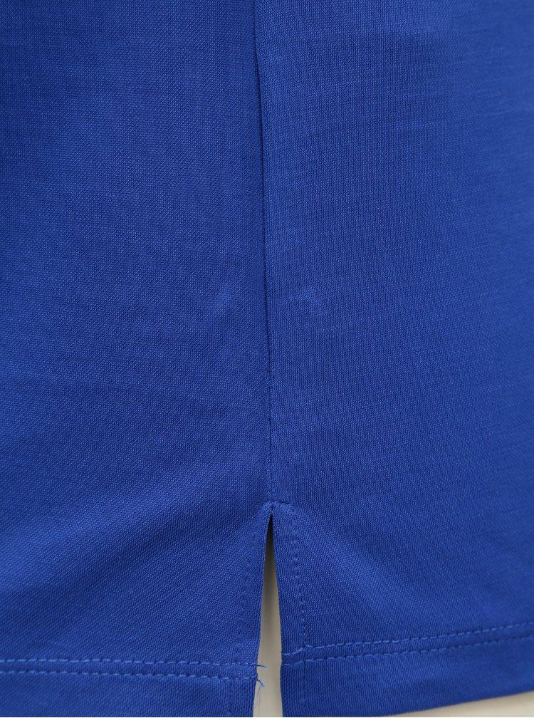 Modrá volná halenka s ozdobnou aplikací ve výstřihu VERO MODA