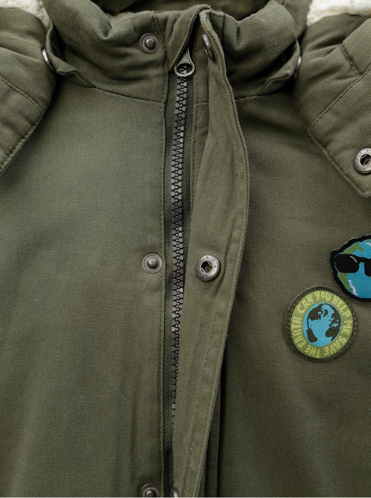 Zelená klučičí parka s nášivkami Blue Seven