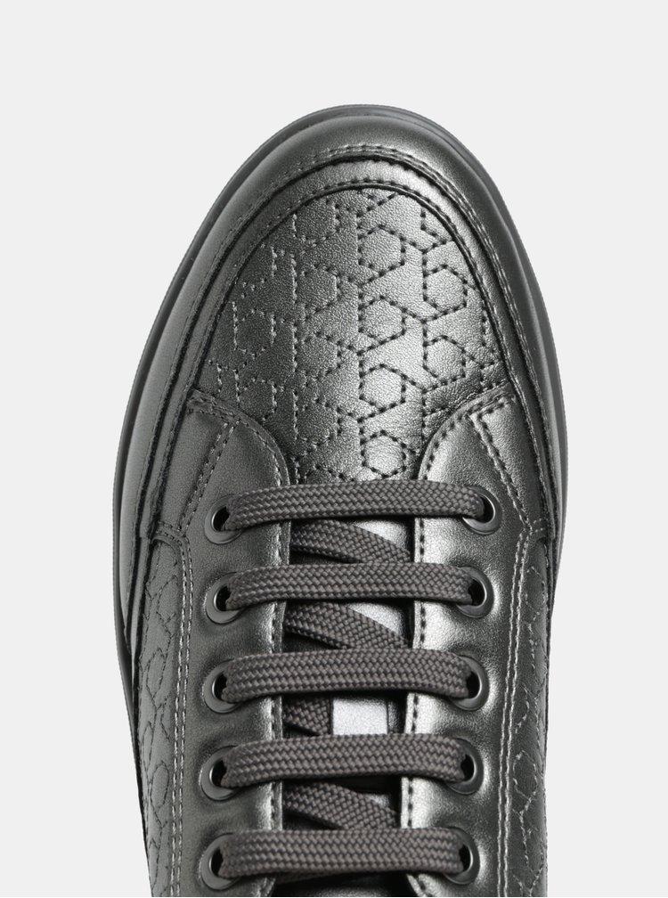 Tmavě šedé lesklé prošívané tenisky Geox Tahina