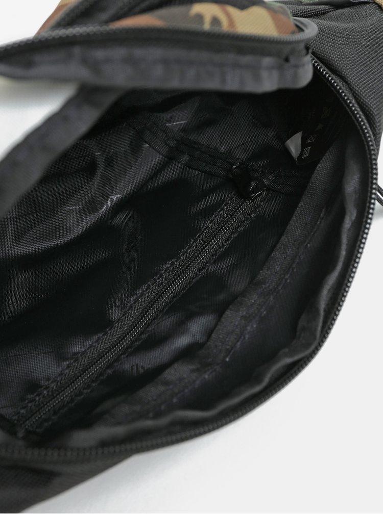 Khaki vzorovaná ledvinka s nášivkou Meatfly Wally