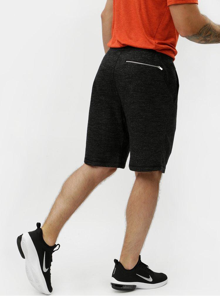 Tmavě šedé pánské žíhané teplákové kraťasy Nike