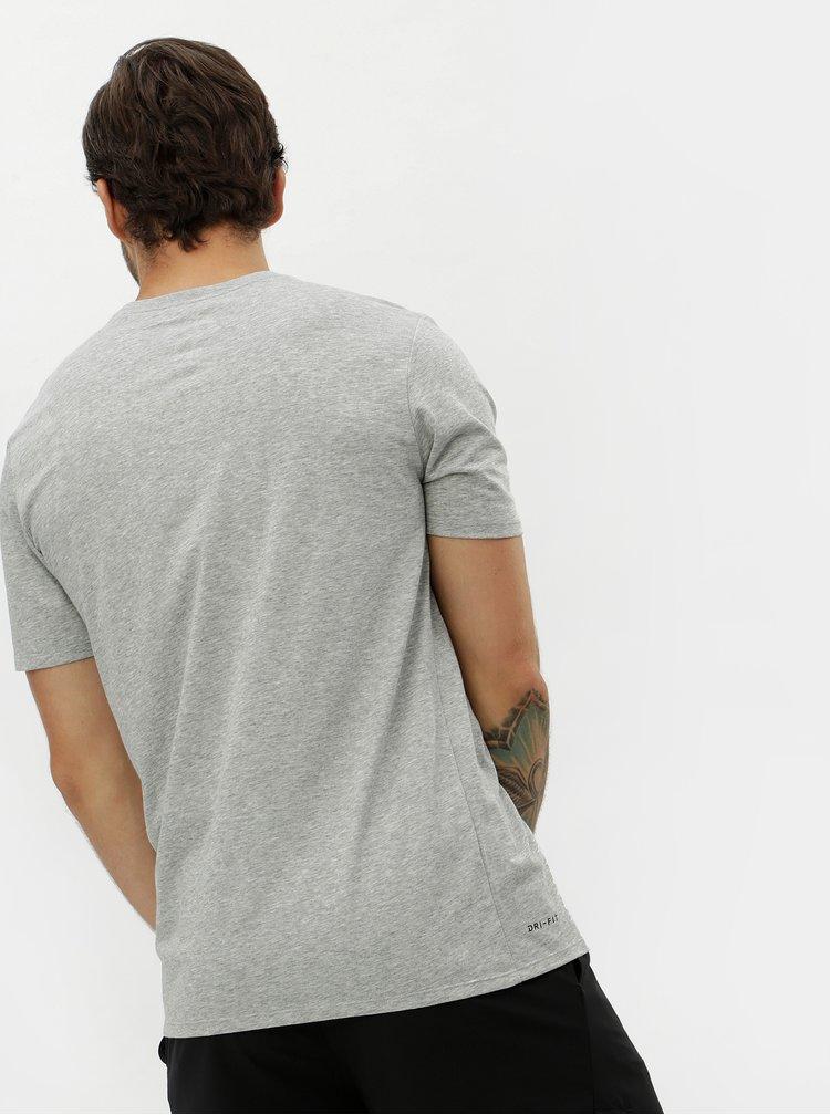 Šedé pánské žíhané tričko Nike
