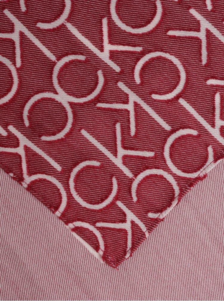 Růžovo-červená dámská vzorovaná šála Calvin Klein Jeans