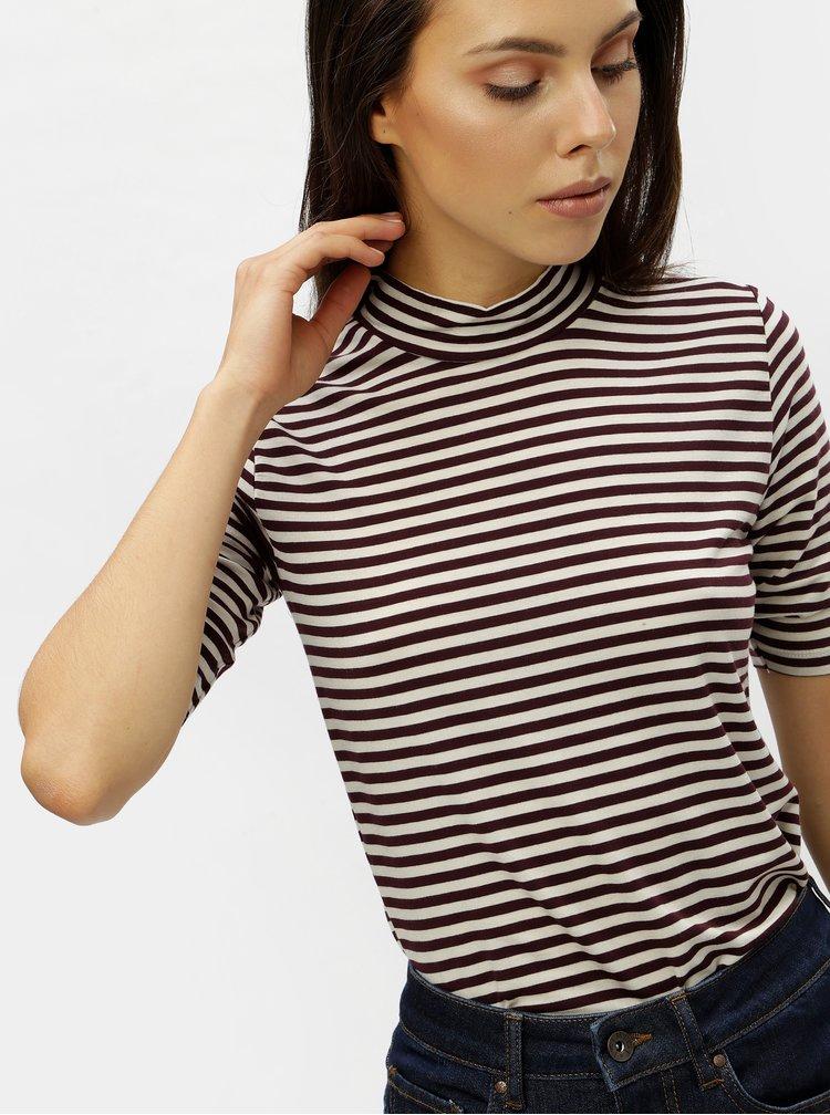 Béžovo-vínové pruhované basic tričko so stojačikom VERO MODA Ecie