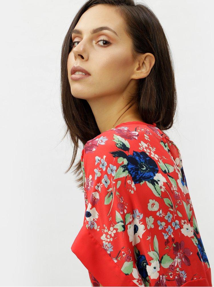 Top floral rosu cu decupaj la spate VERO MODA Zoe