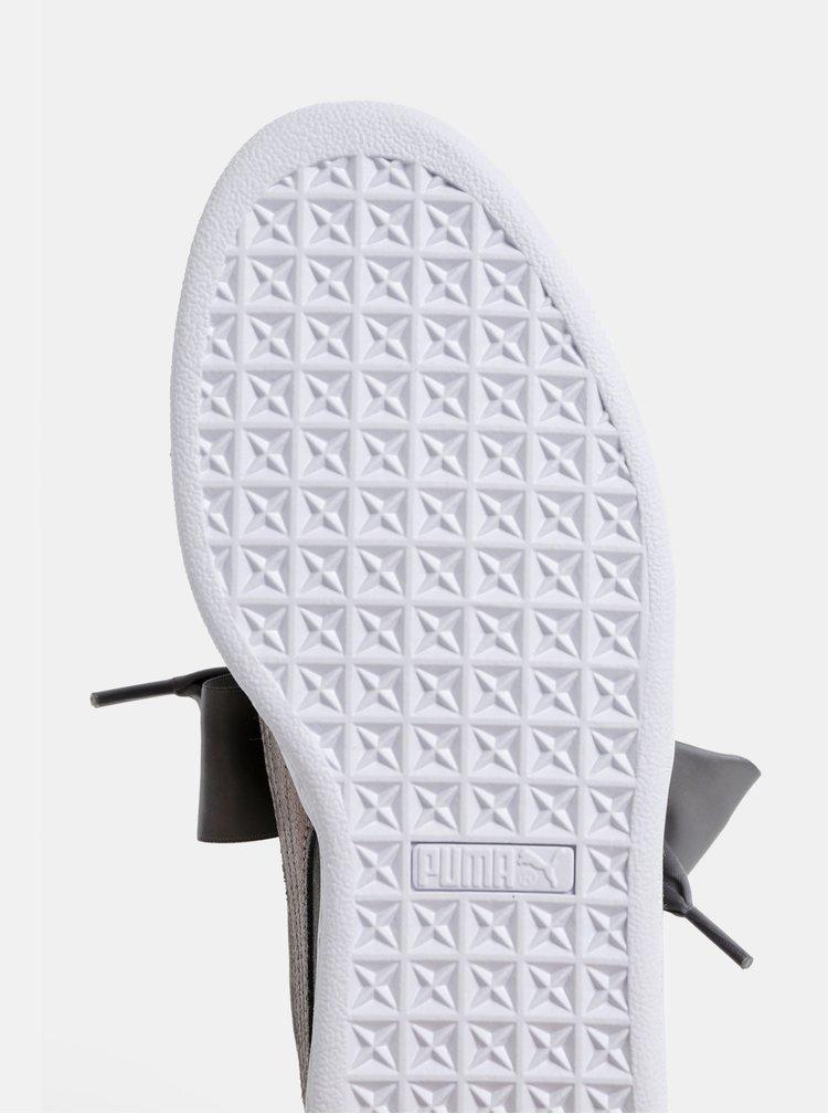 Sivé dámske semišové tenisky s ligotavým detailom Puma Suede Heart LunaLux