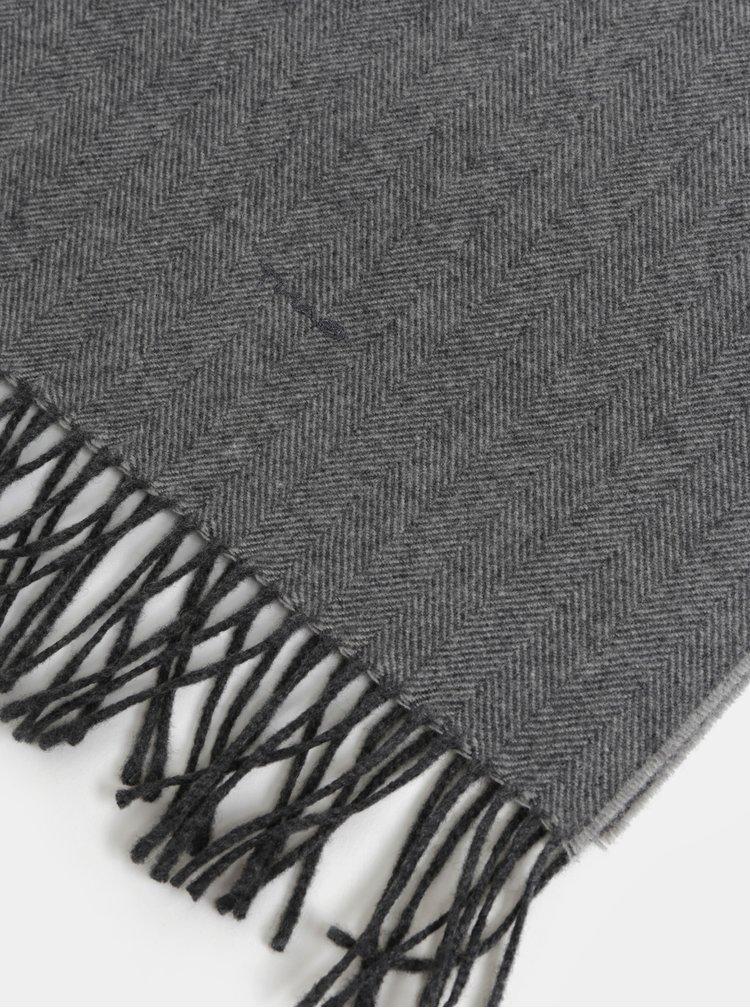 Tmavosivý pánsky melírovaný šál so strapcami GANT