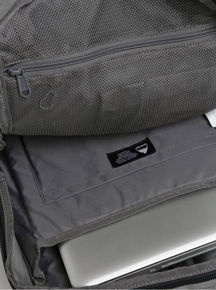 Černo-šedý žíhaný batoh Burton 25 l