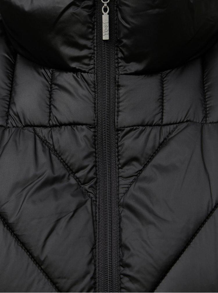 Čierna prešívaná vesta Yest