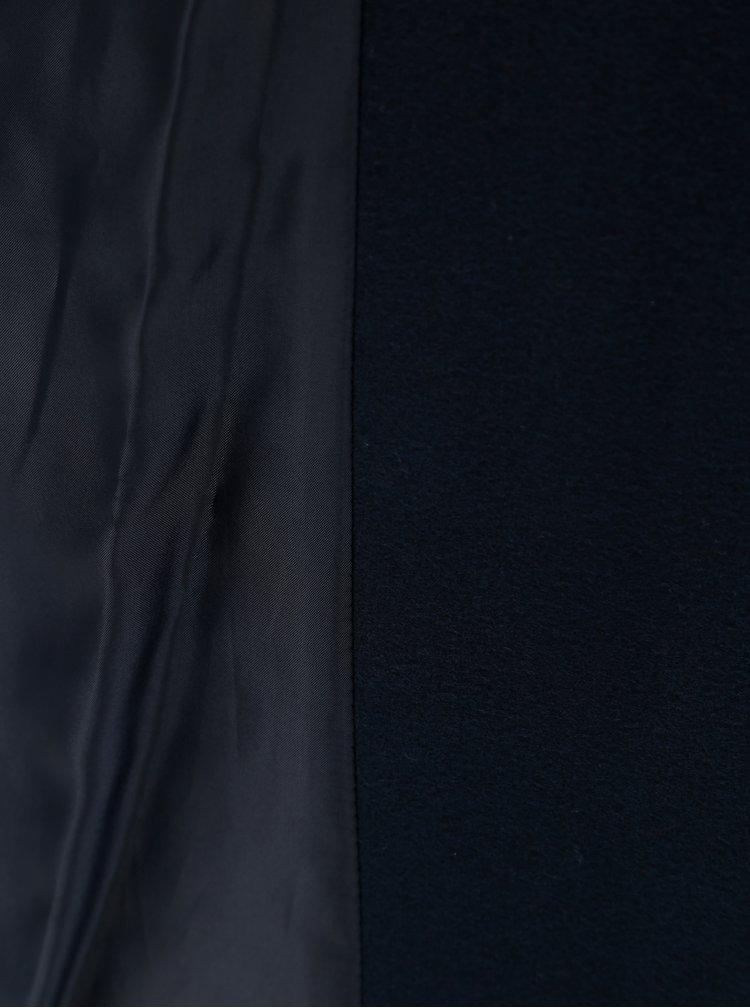 Tmavě modrý kabát s kapsami Miss Selfridge