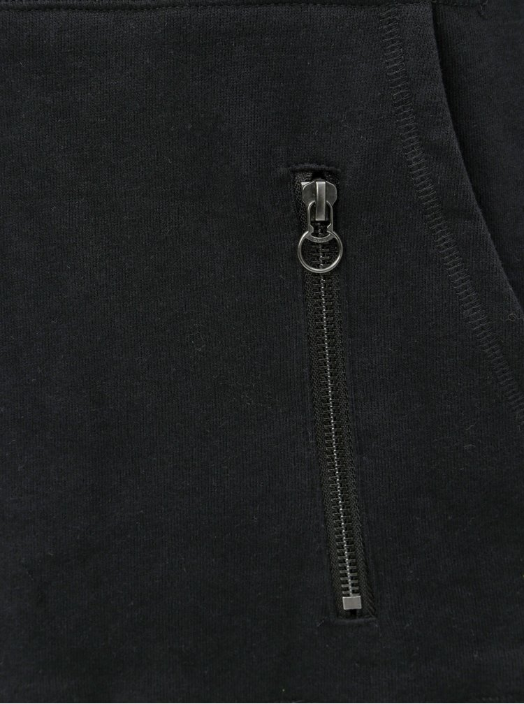 Černé mikinové šaty s kapucí ONLY June