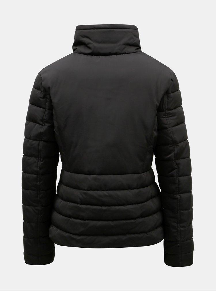 Černá zimní prošívaná bunda s vysokým límcem Miss Selfridge