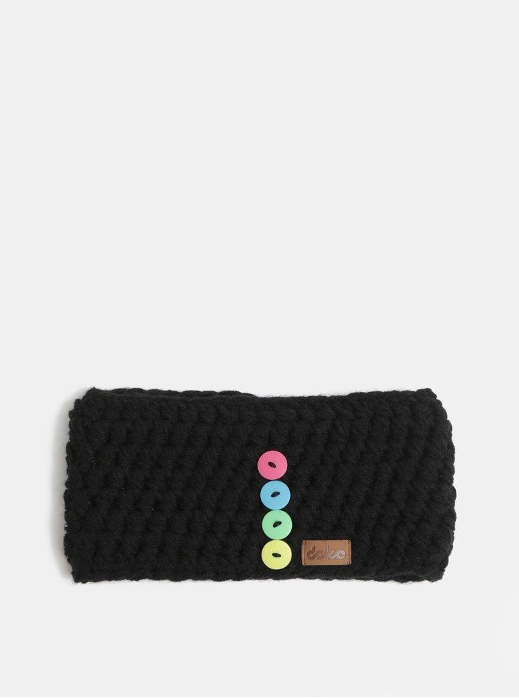Černá pletená čelenka s ozdobnými knoflíky  DOKE