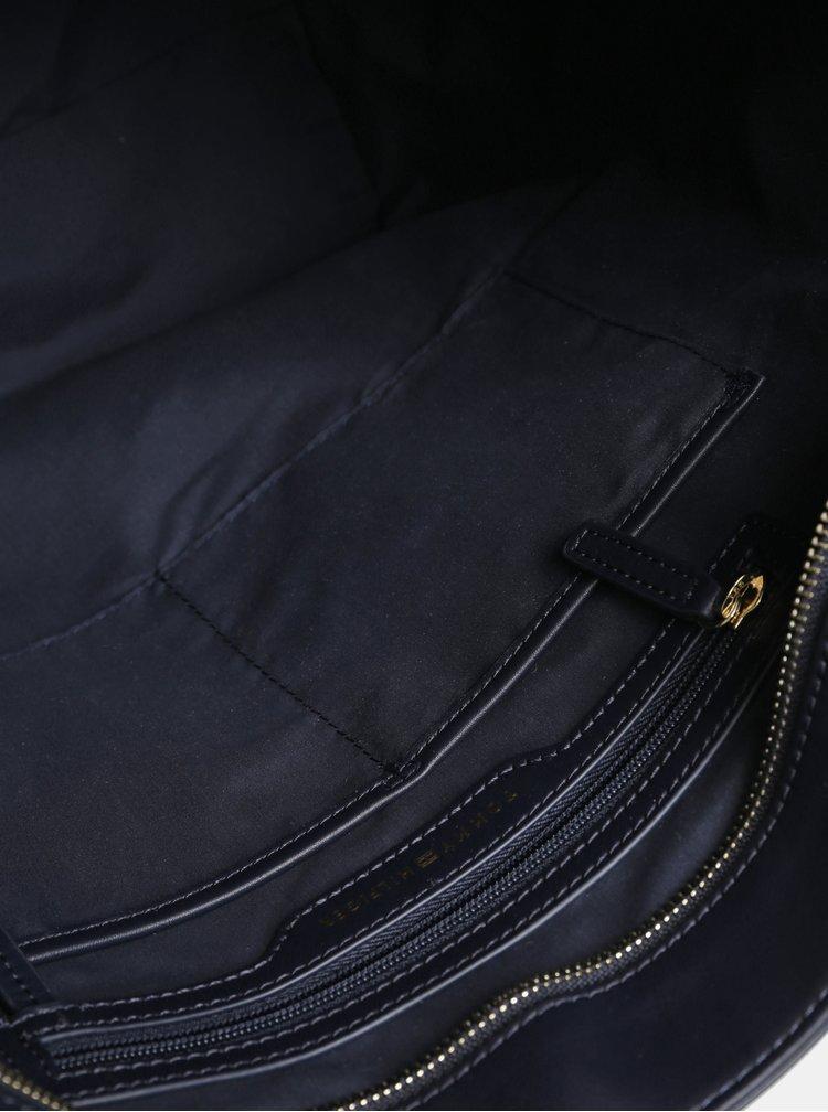 Tmavomodrá vzorovaná veľká kabelka Tommy Hilfiger