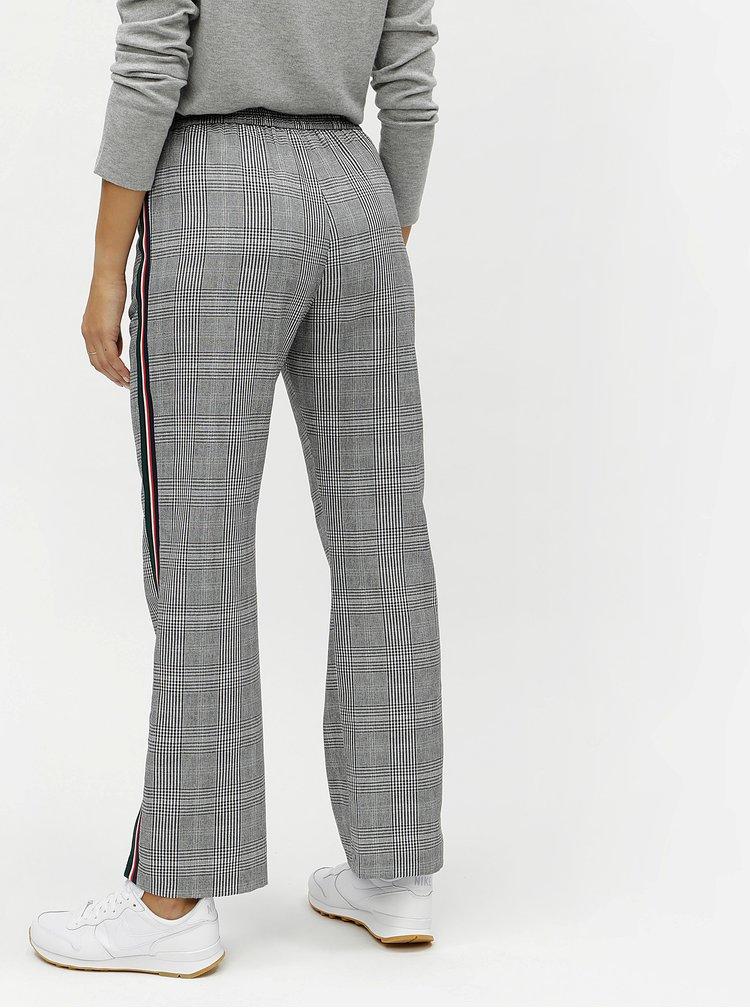 Čierno–biele kockované nohavice s bočnými pruhmi Miss Selfridge