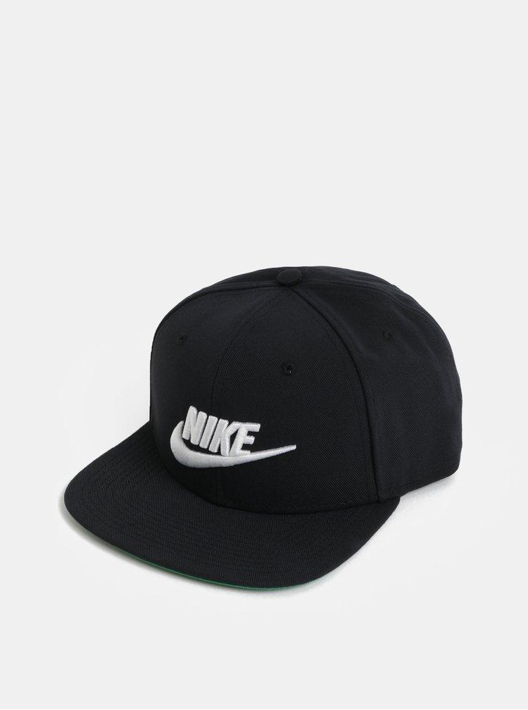 Čierna unisex šiltovka s výšivkou Nike