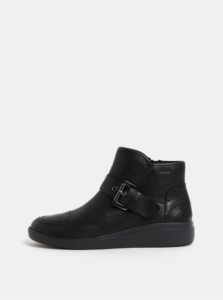 Černé dámské kožené kotníkové boty s páskem Geox Tahina