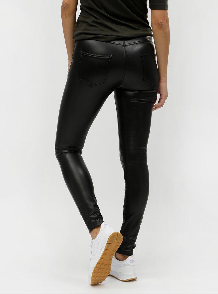 Pantaloni negri skinny din piele sintetica ONLY