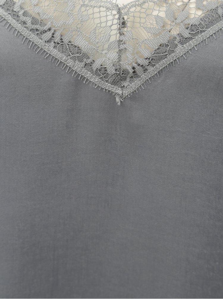 Světle šedý top s krajkovými detaily Jacqueline de Yong Fun
