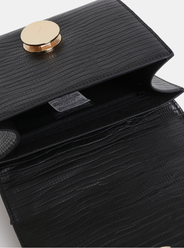 Čierna malá kabelka s detailmi v zlatej farbe Miss Selfridge