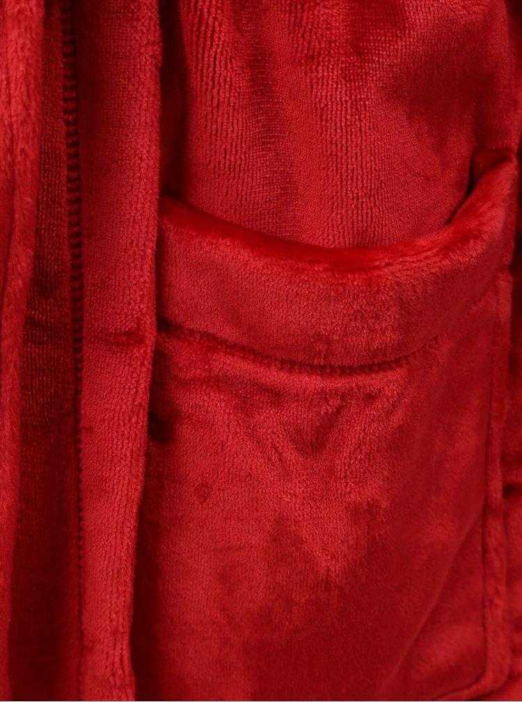 Červený župan s vyšitým logem DKNY