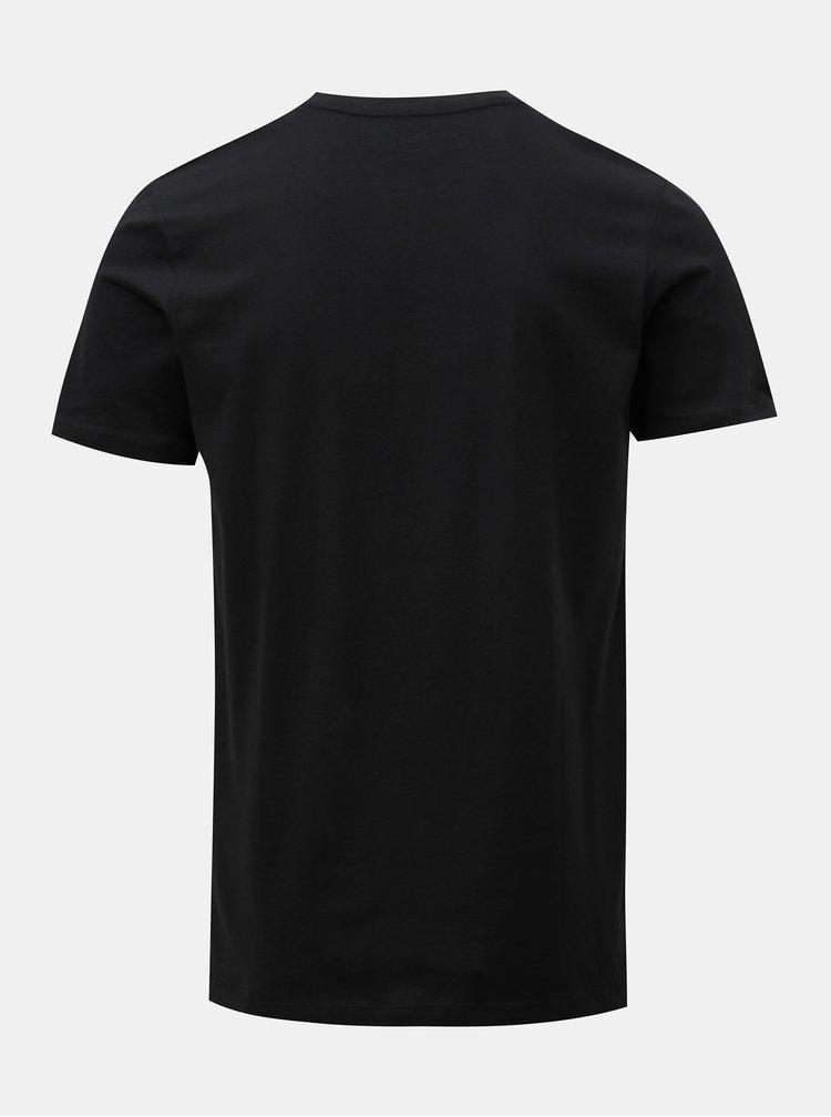 Černé tričko s vánočním motivem žirafy Jack & Jones Xmas