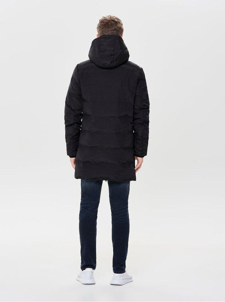 Čierna zimná dlhá prešívaná bunda ONLY & SONS Steen