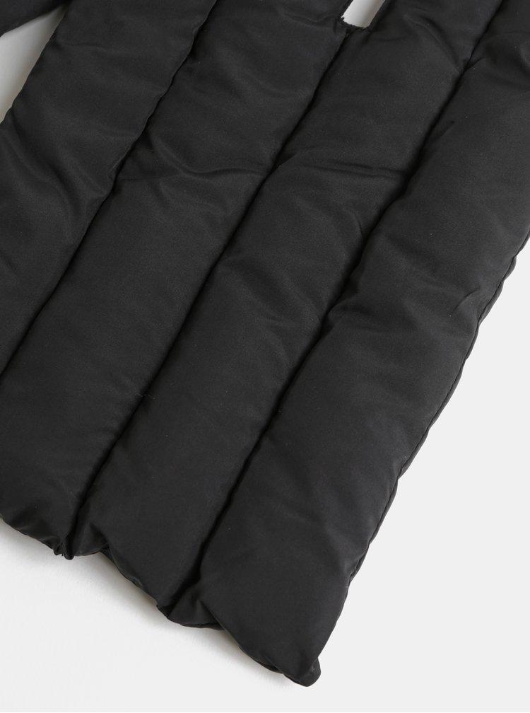 Čierny prešívaný šál Pieces Kima