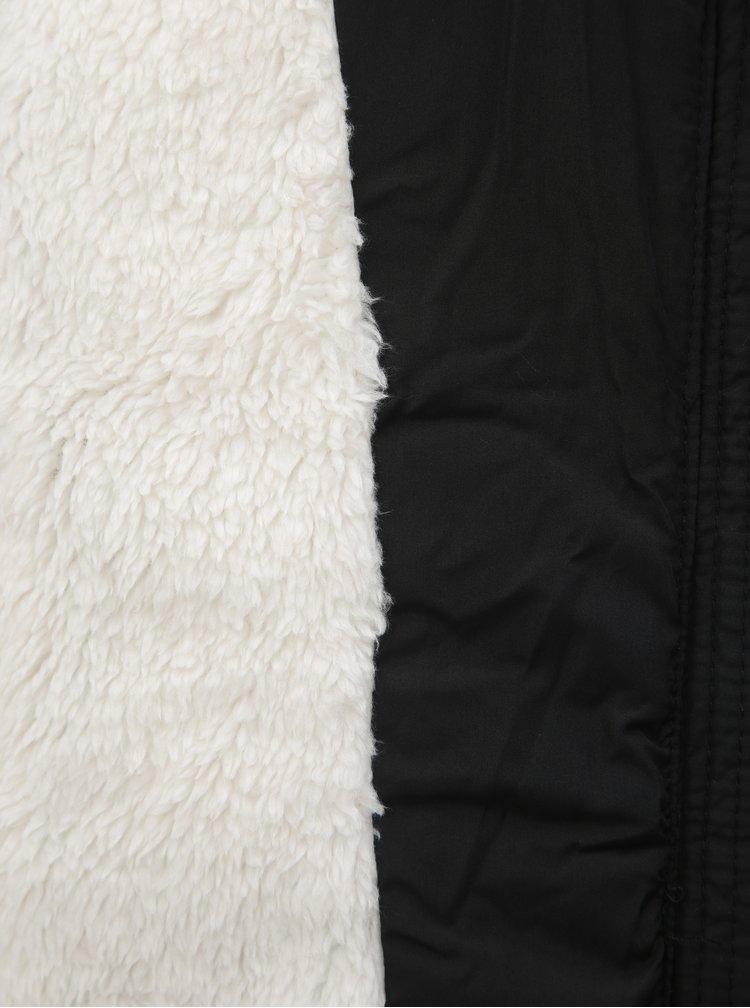Černá prošívaná zimní bunda s umělým kožíškem TALLY WEiJL