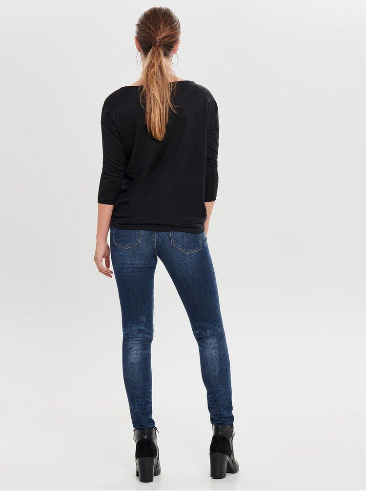 Černý svetr s aplikací ONLY