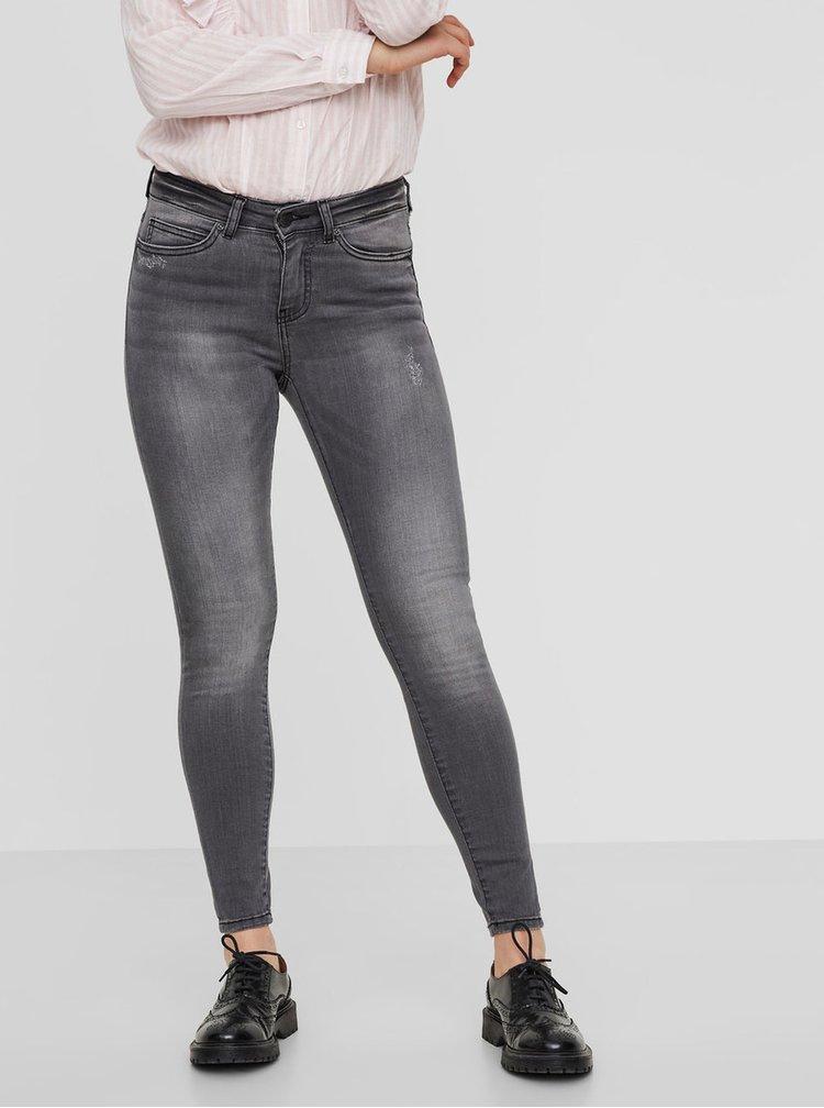 Šedé slim fit džíny s vyšisovaným efektem Noisy May Lucy