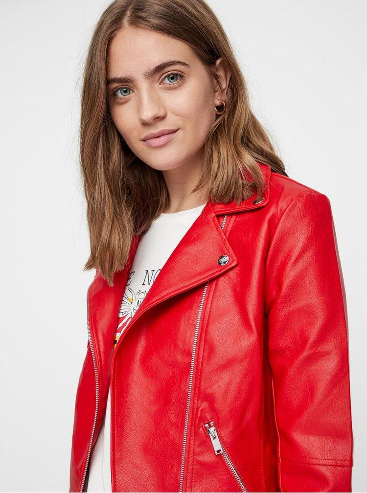 Jacheta rosie din piele sintetica cu detalii argintii Noisy May Allan