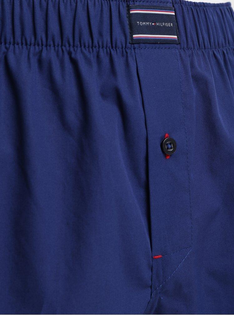 Balenie dvoch trenírok v červenej a modrej farbe Tommy Hilfiger