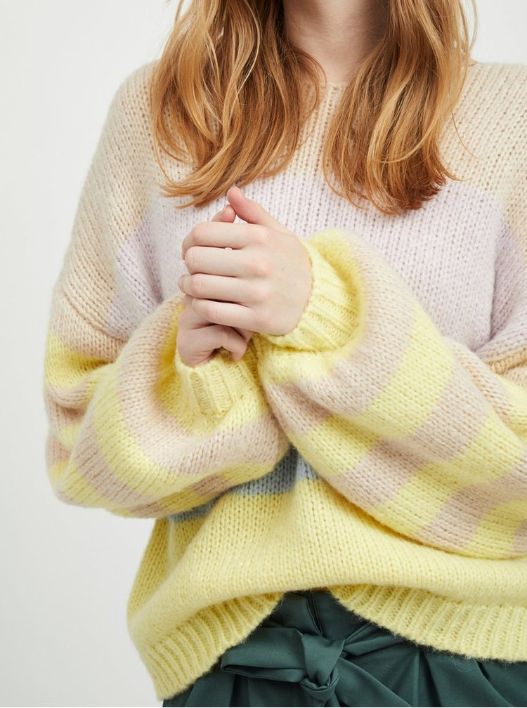 Pulover oversize bej-galben in dungi cu maneci late si amestec de lana VILA Strive