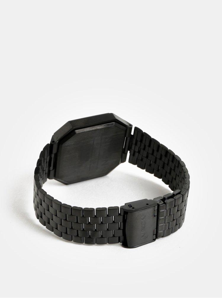 Hodinky s černým nerezovým páskem NIXON