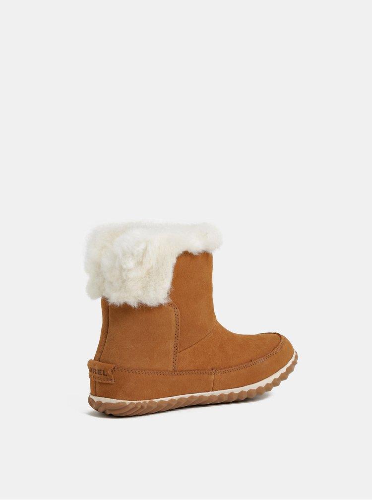 Hnědé dámské semišové zimní kotníkové boty SOREL OUT N ABOUT