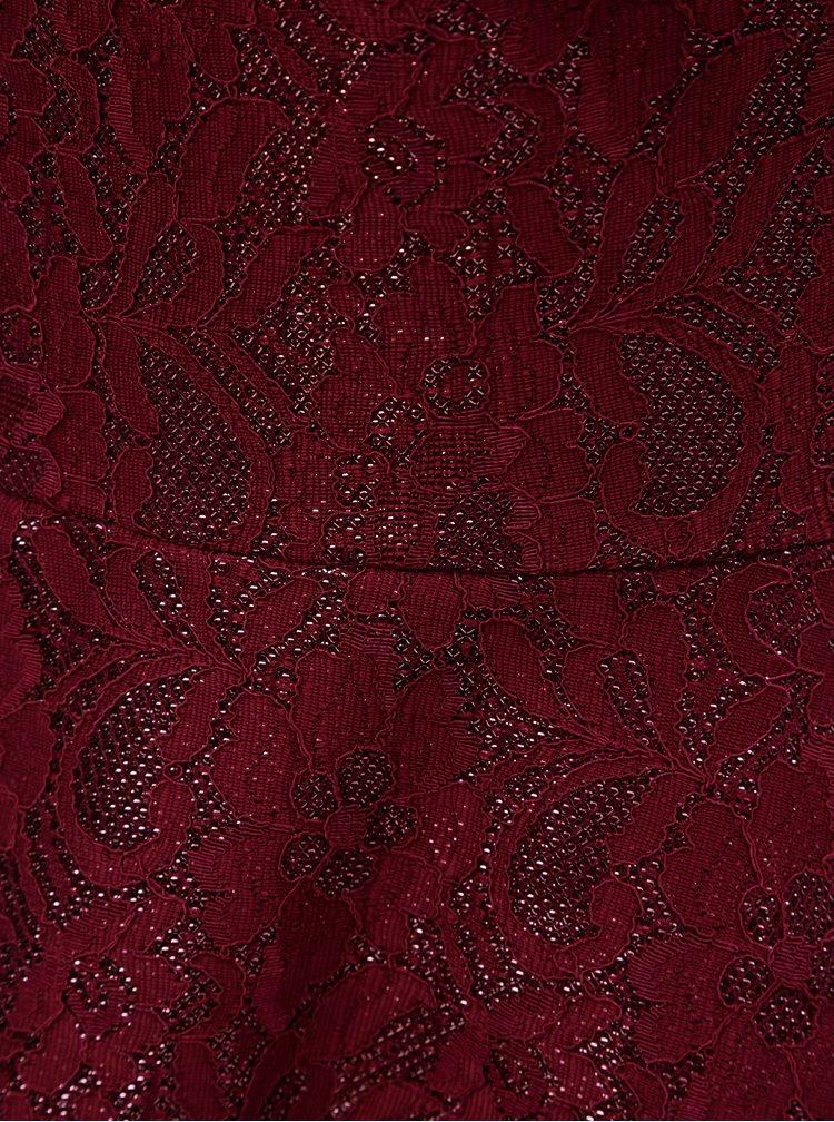 Vínové krajkové šaty s průsvitným detailem Dorothy Perkins