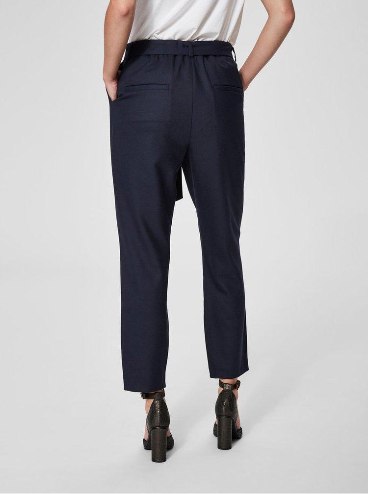 Tmavomodré skrátené nohavice s prímesou vlny Selected Femme Bio