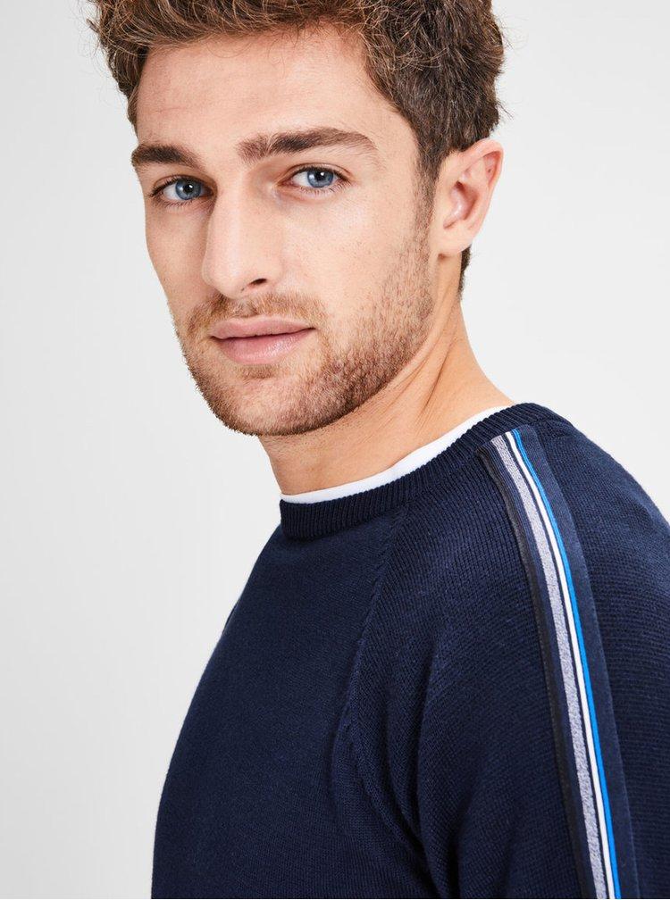 Tmavomodrý sveter s pruhmi na rukávoch Jack & Jones Kreon
