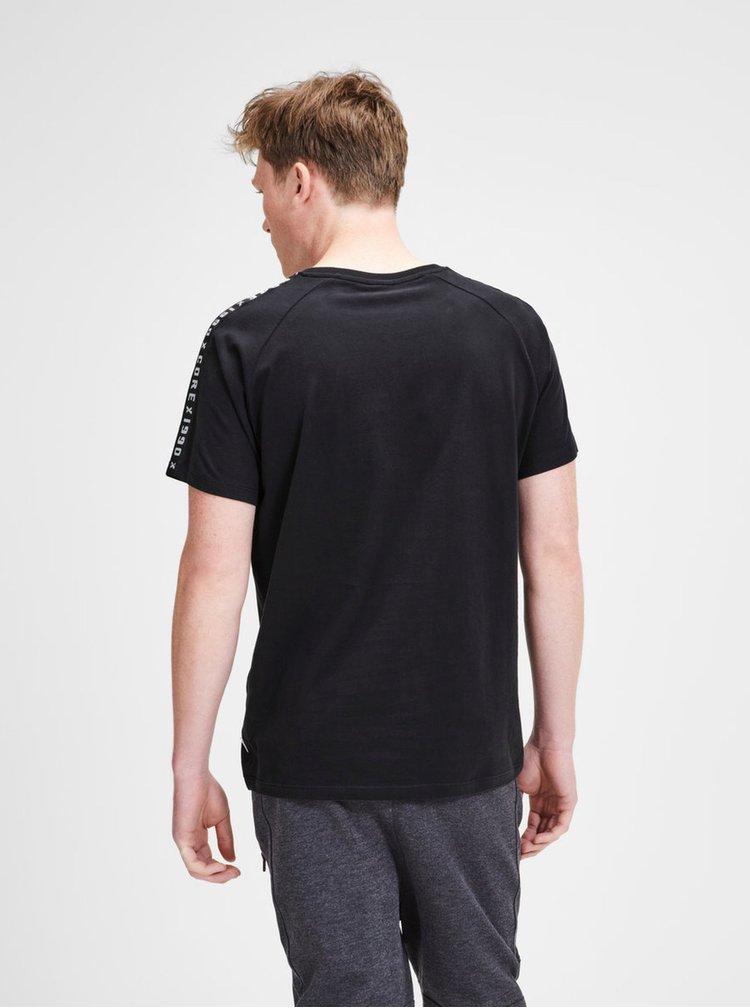 Čierne tričko s nášivkou a lemom Jack & Jones Kenny